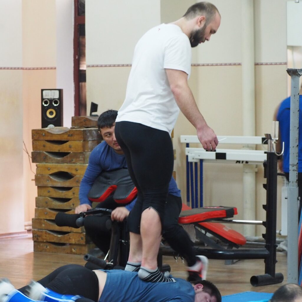 Nurudinov Weightlifting Warmup