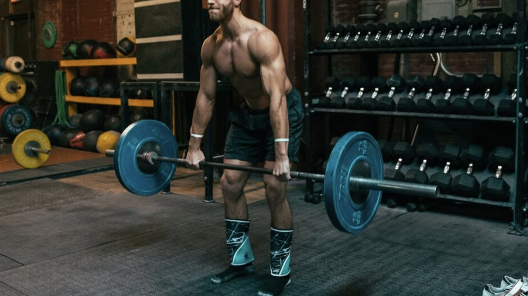 rdl form woman  The Ultimate Romanian Deadlift (RDL) Guide