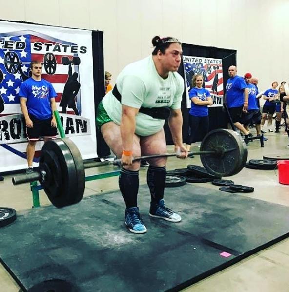 86b9aa7302b8 Samantha Coleman Deadlifts 600 Pounds