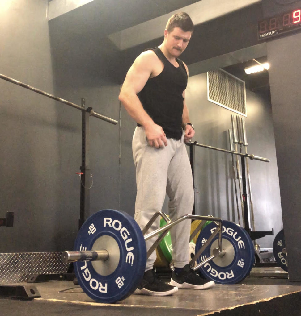 Trap Bar Deadlift - Form, Muscles Worked, and How-To Guide ...