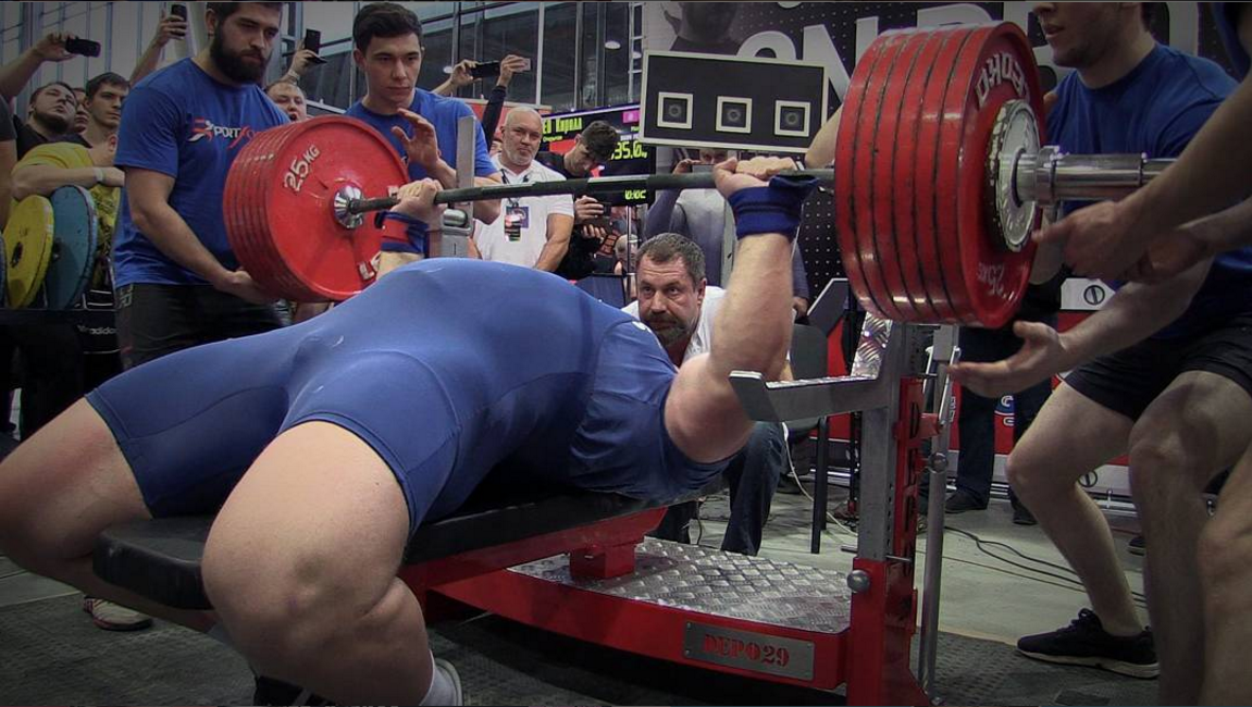 The Heaviest Raw Bench Presses Of All Time Barbend