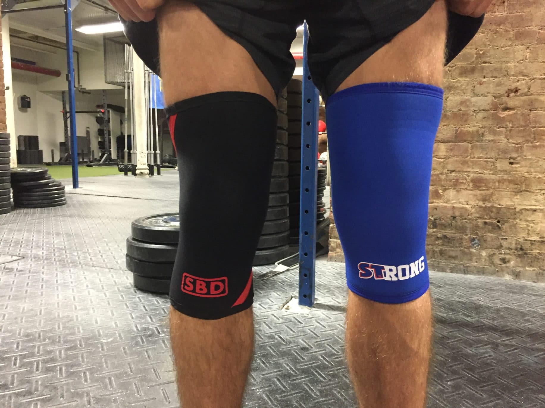 SBD Vs  Slingshot STrong Knee Sleeves — Which Is Best for Squats