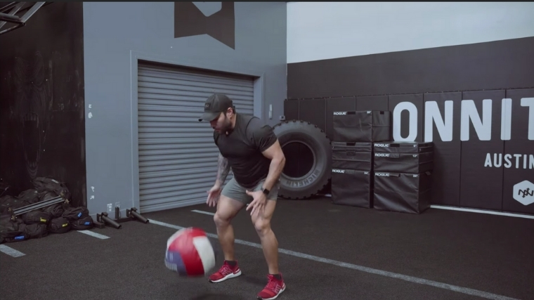 Medicine Ball Slam Step 3