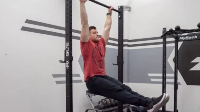 Toes to Bar Squeeze and Lift
