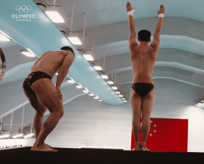 Lu Xiaojun Tries Olympic Diving