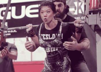 Emily Hu squat