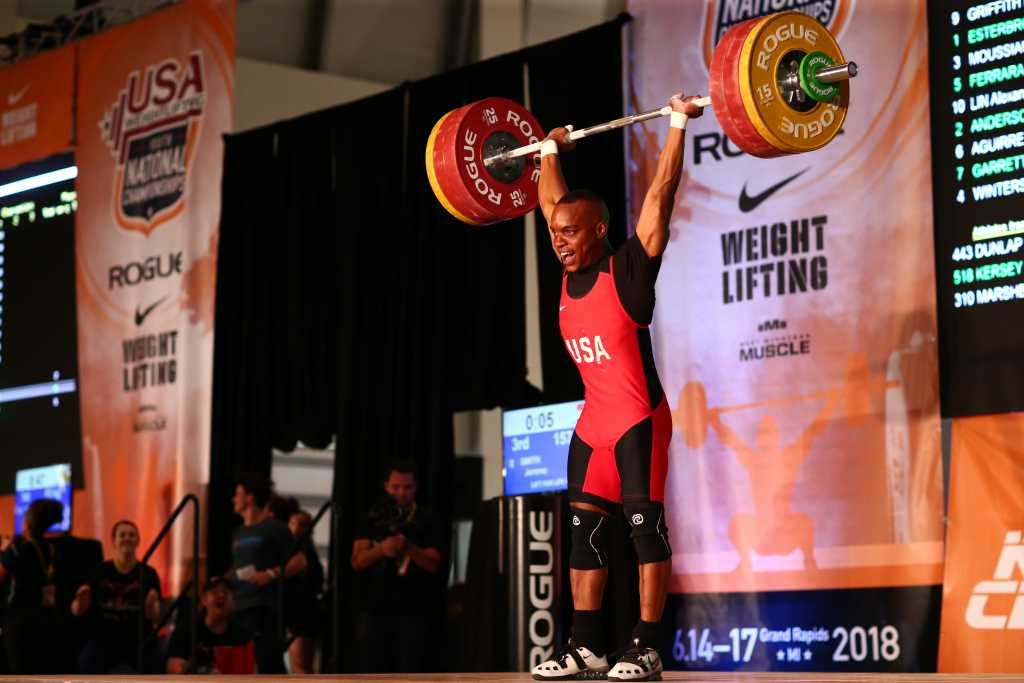 Jerome Smith (69kg) lifts 157kg clean & jerk at the 2018 Nike USA Weightlifting