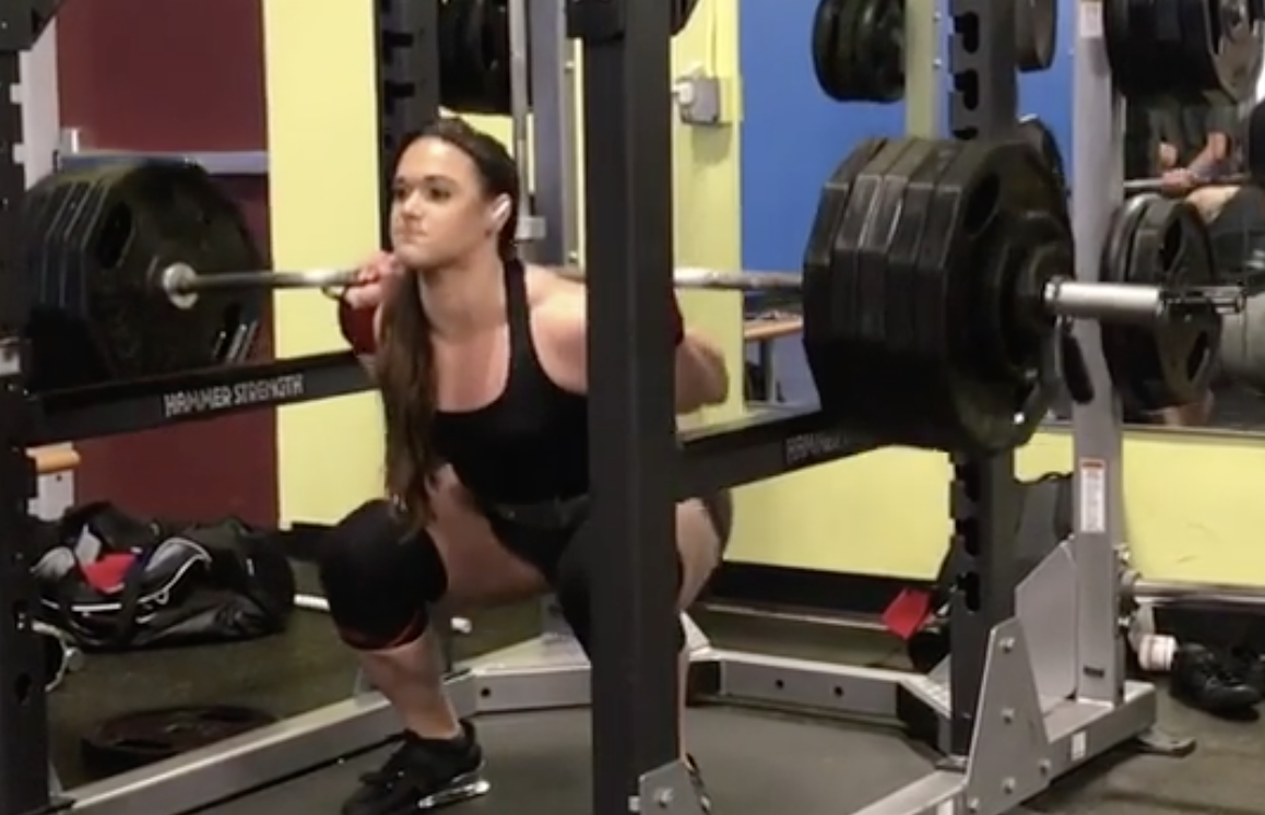 Amanda Lawrence Squats A Crazy Strong 236kg In Nationals