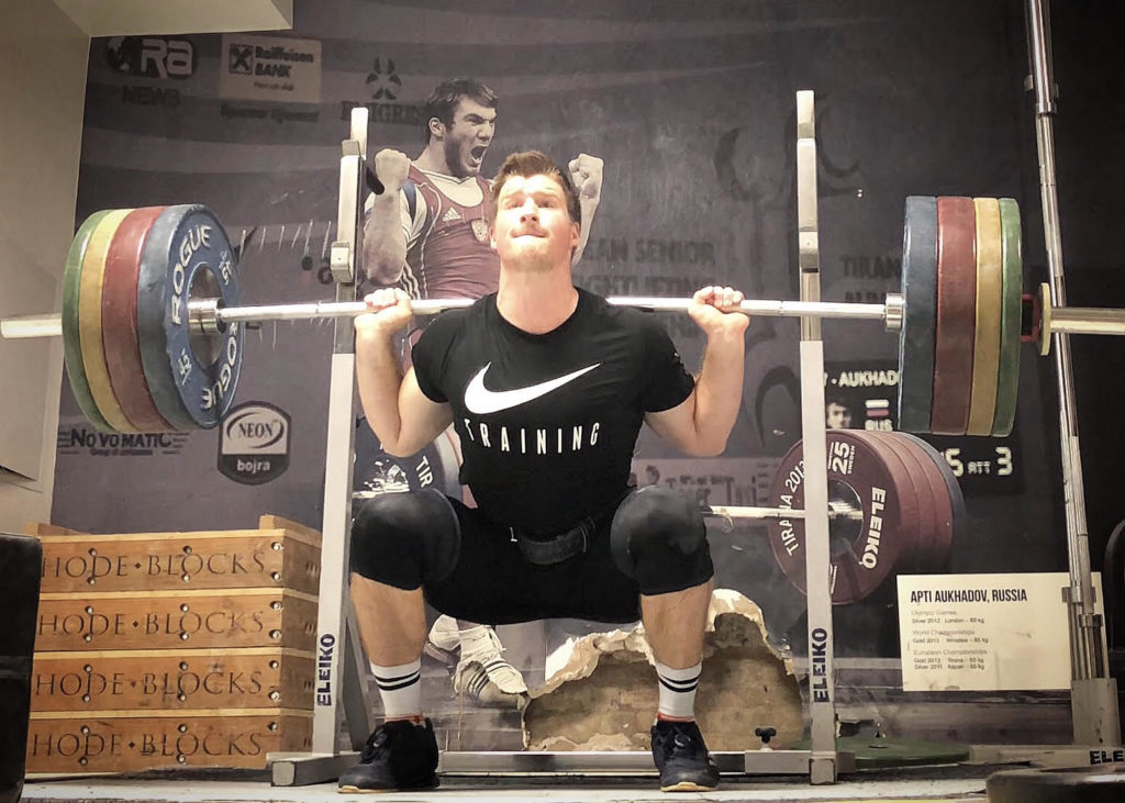 068eed01e1fd Should You Squat or Deadlift First  - BarBend