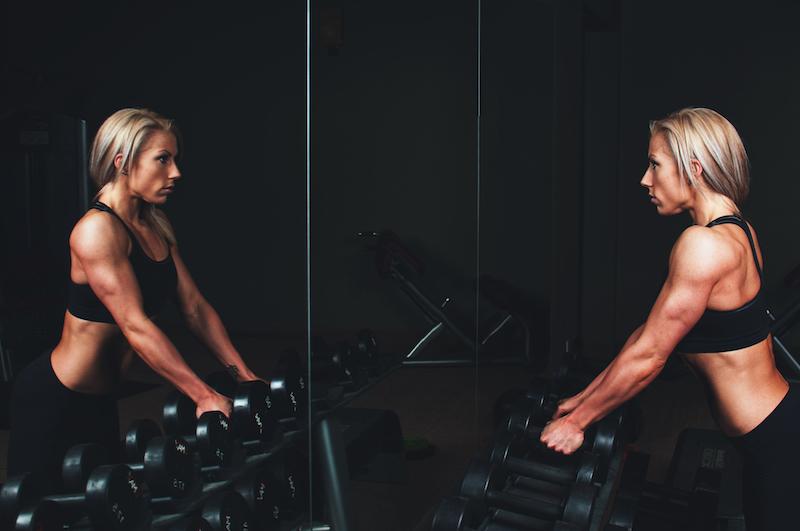 lean woman lifting free