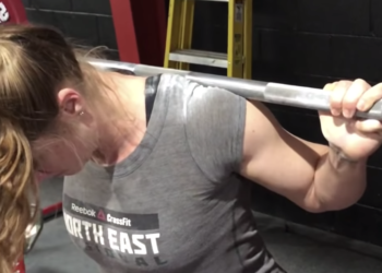 How To Talon Grip In the Squat