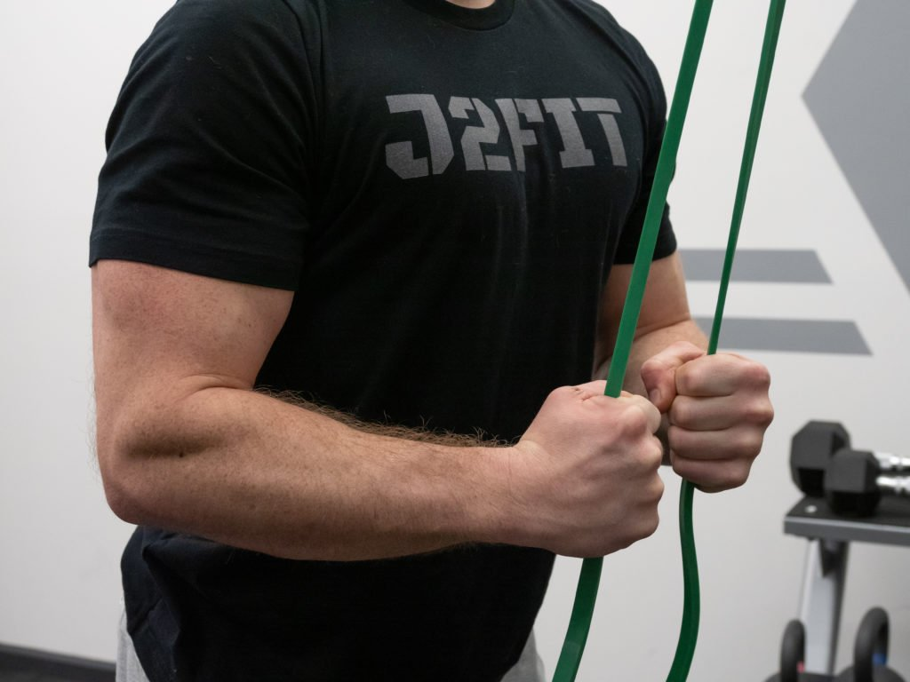 Triceps Pushdown Exercise Guide - Grip Placement