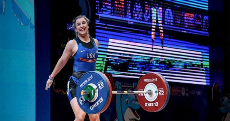 Powerlifter Katherine Nye