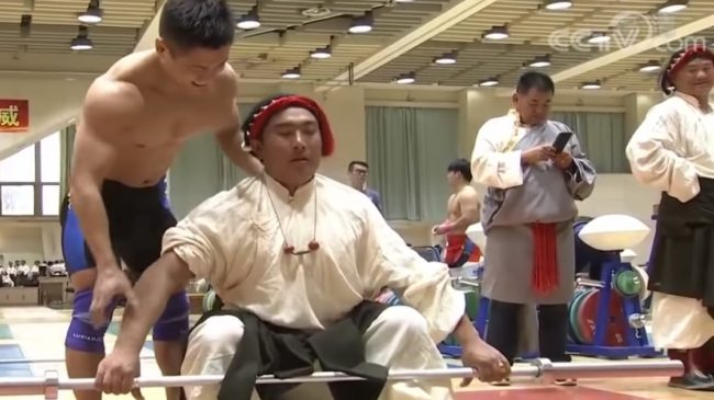 Lu Xiaojun Trains Traditional Tibetan Stone Lifters