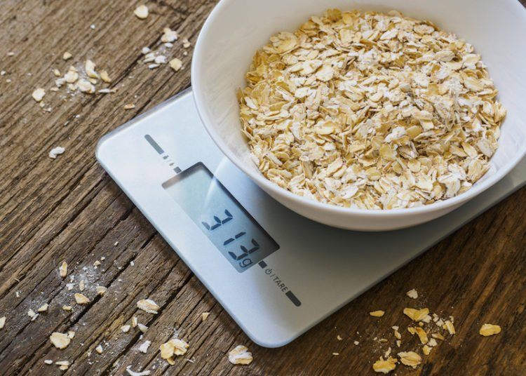 oatmeal weigh food