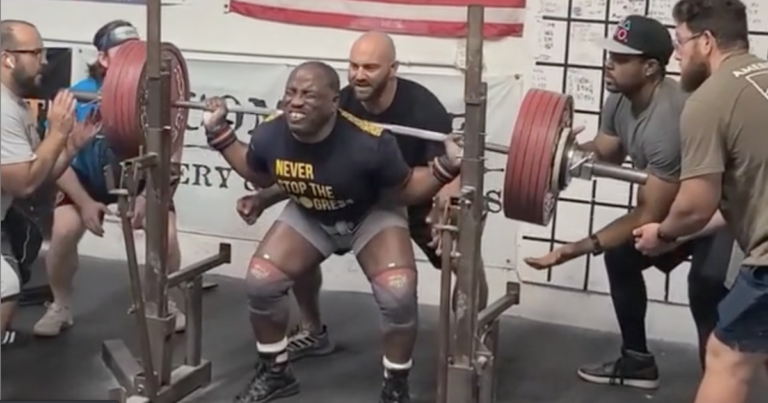 Powerlifting Legend David Ricks Squats 292kg/644lb for 5 at 61 Years Old