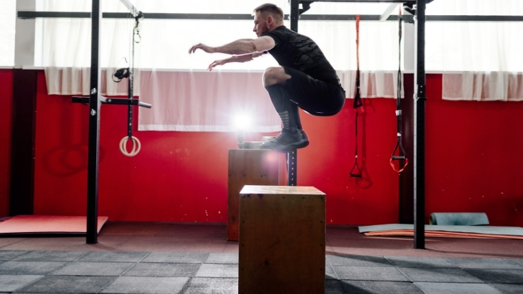 Man doing box jump
