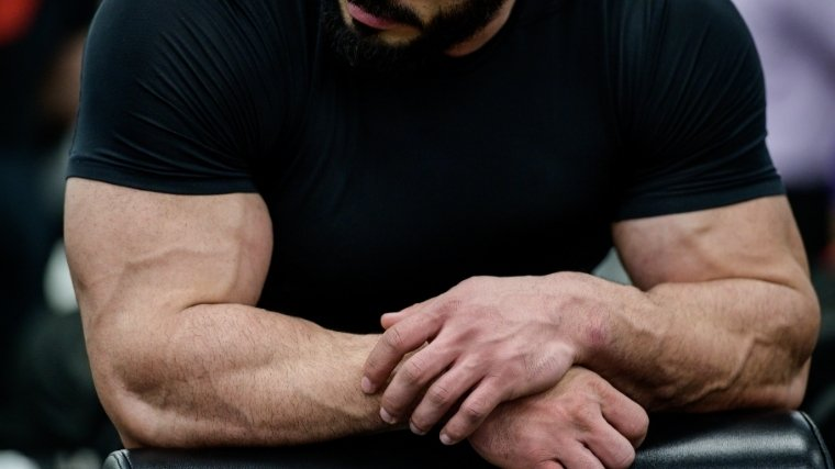 Man with muscular forearms