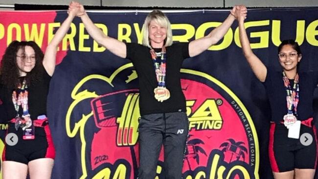 Powerlifter Jen Thompson