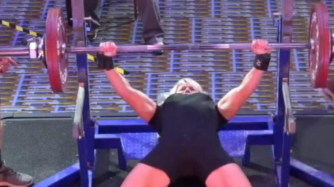 Jen Thompson Powerlifter