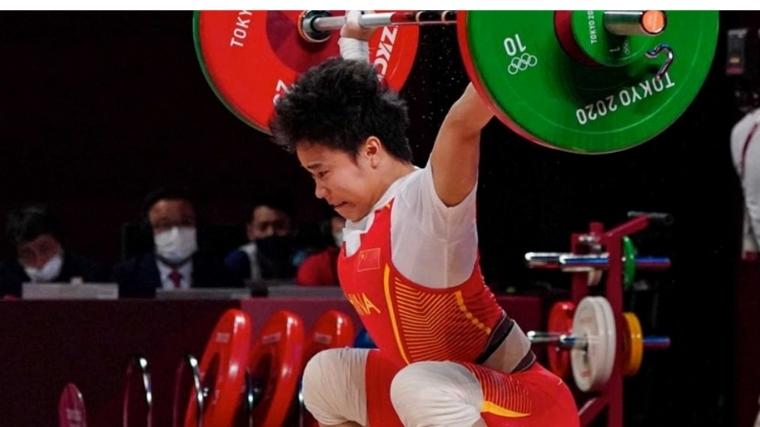 Hou Zhihui Team China Weightlifting