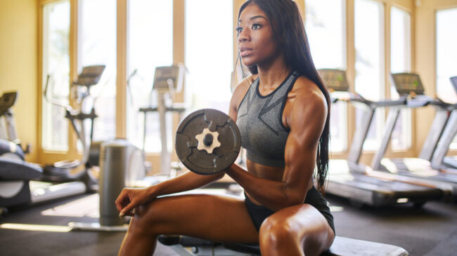 benefits of lifting weights featured