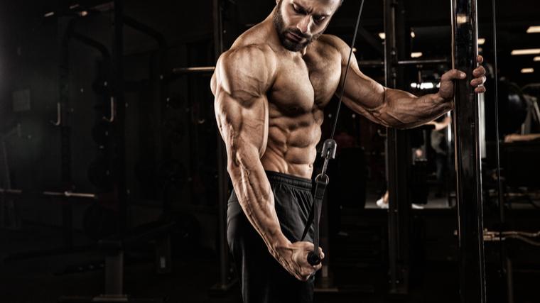 bodybuilder doing tricep extension